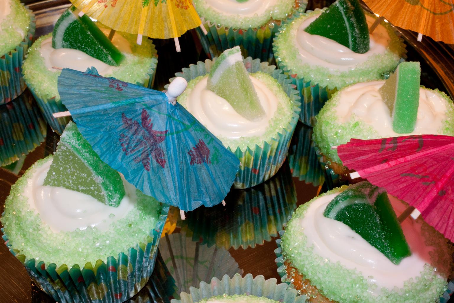 mrgarita cupcakes with parasols