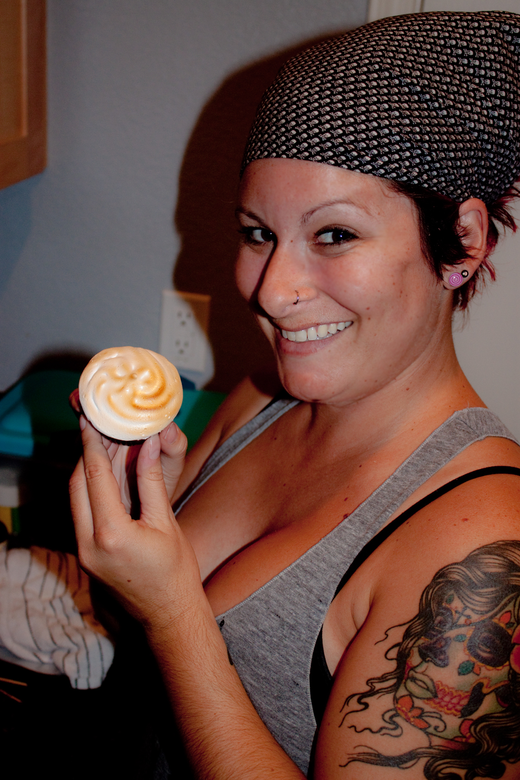 Lisa shows off the smores cupcake